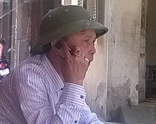 """Ông Nguyễn Quốc Thanh, hay còn gọi là Thanh """"sắt vụn"""" là tên của chủ nhân căn biệt thự gà dát vàng vừa hoàn thành tại quận Cầu Giấy, Hà Nội. Ảnh: Internet"""