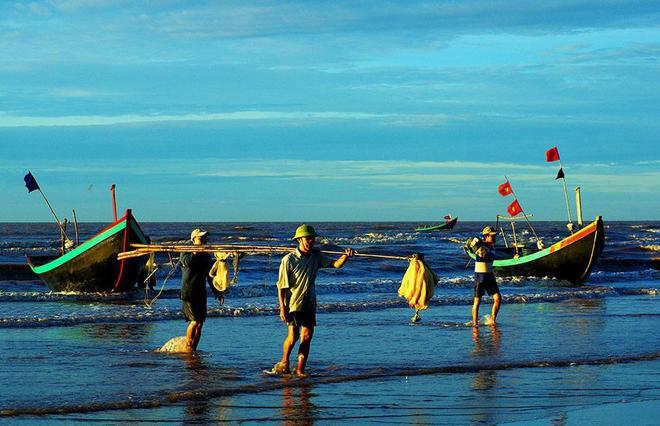 Ngư dân Hải Thịnh sau một sớm ra khơi.