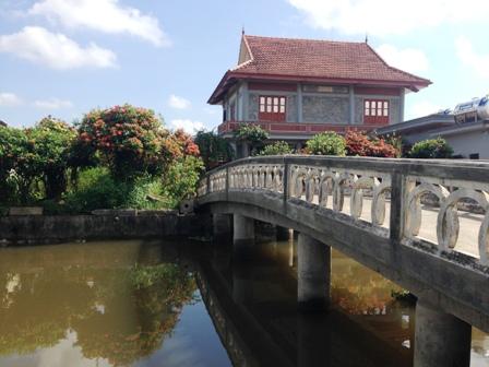 Nam Định: Ngôi nhà mẫu đơn lãng mạn hơn phim Hàn giữa thành Nam