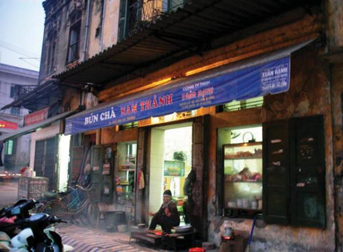 Cửa hàng bún chả Nam Thành