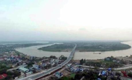 Công trình cầu Tân Phong có tổng mức đầu tư hơn 463 tỷ đồng. Ảnh: Quang Toàn/BNEWS/TTXVN