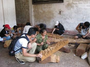 Làng nghề mộc La Xuyên