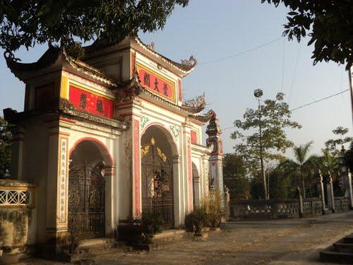 Giếng đá & Chùa Phúc Hải di tích lịch sử văn hóa - xã Hải Minh - cách cầu ngói 700 m về phía Bắc