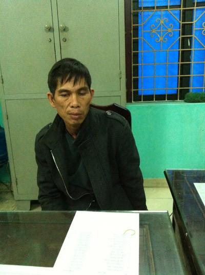 Nguyễn Mạnh Thùy tại cơ quan công an.