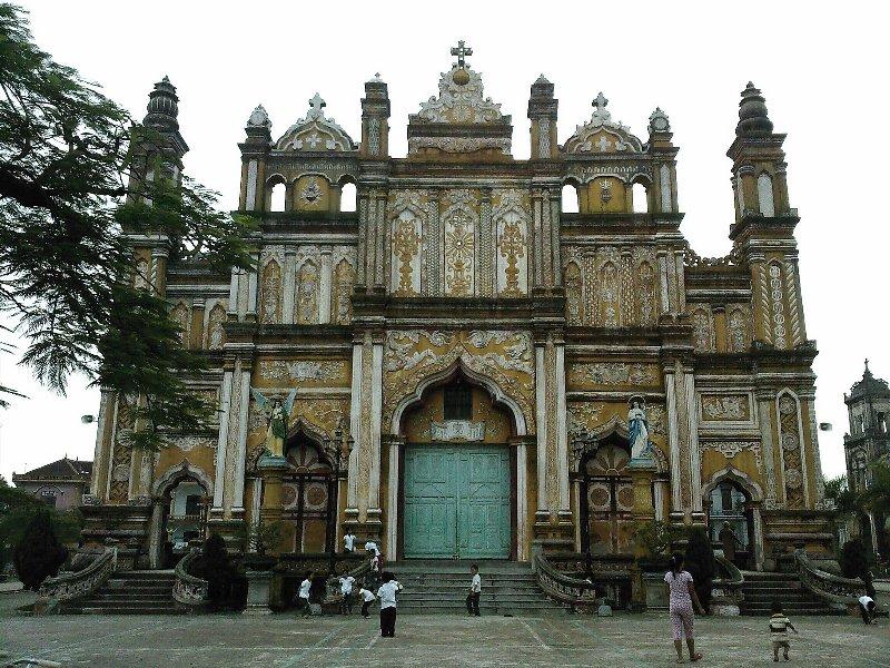 Nhà thờ Giáo xứ Đền Thánh Trung Lao