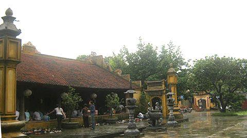 Khuôn viên chùa - Ảnh: Sưu tầm