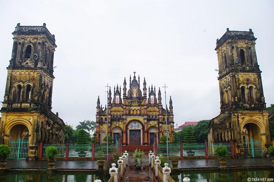 Nhà thờ Giáo xứ Trung Linh giáo phận Bùi Chu
