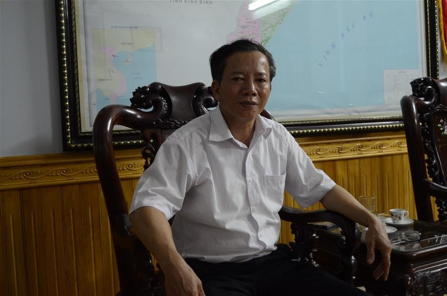 Ông Vũ Văn Rung, Giám đốc Sở Nội vụ tỉnh Nam Định, Thư ký Ủy ban Bầu cử tỉnh.