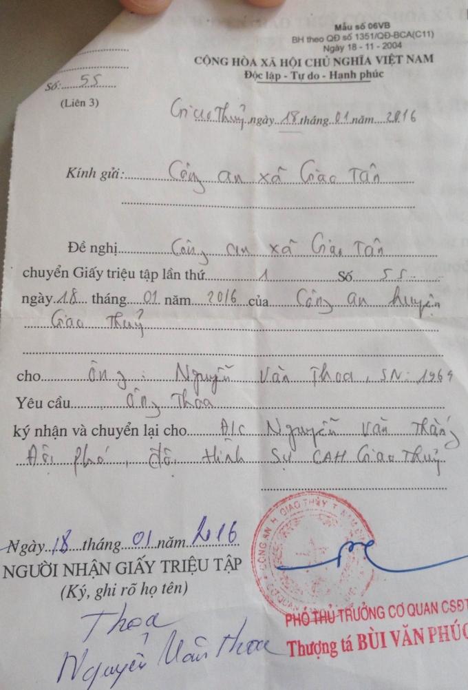 Ông Thoa đã ký nhận tại giấy triệu tập