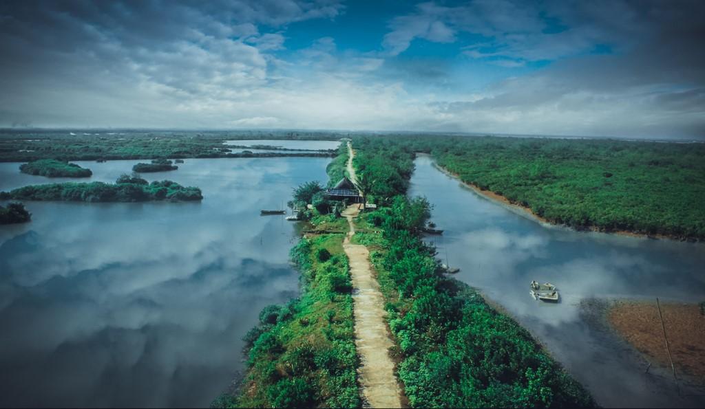 Tuyệt đẹp với cung phượt nhà thờ đổ tại Nam Định