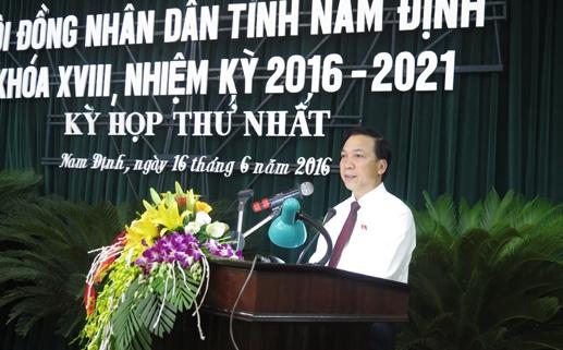 Ông Trần Văn Chung được tái cử chức danh Chủ tịch HĐND.