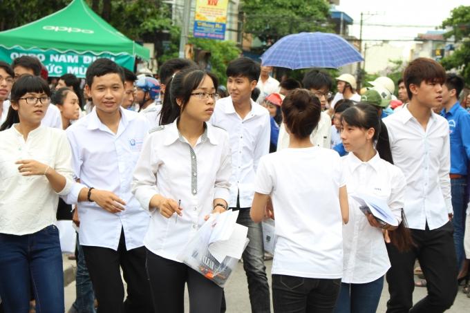Nam Định: Phát hiện sử dụng tài liệu, 2 thí sinh bị đình chỉ thi