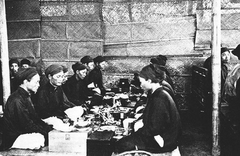 Các tân khoa được Tổng đốc thay mặt nhà vua ban yến. Các khoa thi của triều Nguyễn được tổ chức cho đến năm 1919 thì chấm dứt.