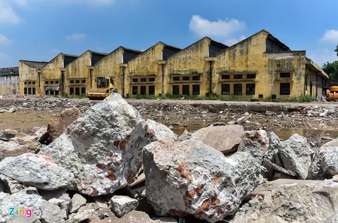 Các xưởng cũ xa đường hơn của Nhà máy Sợi cũng đã được di dời máy móc để gộp sang bên phía Nhà máy Dệt. Những dãy nhà này cũng sẽ bị phá trong thời gian không xa.