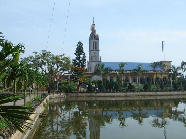Nhà thờ Giáo xứ Cổ Ra – Nam Hùng, Nam Trực, Nam Định
