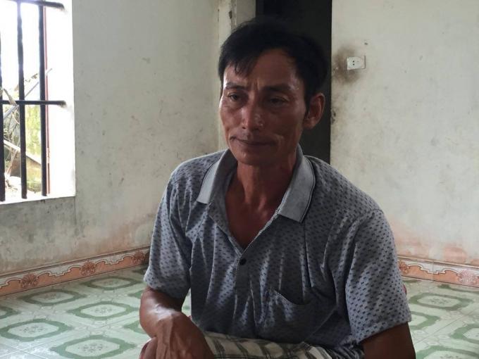 Ông Đỗ Văn Thụ buồn bã kể lại sự việc với PV.