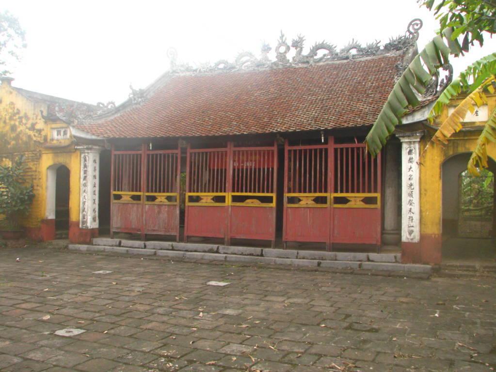 Đền thờ Trạng nguyên Lương Thế Vinh tại quê hương ông (Cao Phương, Liên Bảo, Vụ Bản, Nam Định).