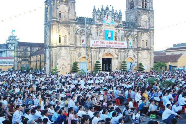 Bùi Chu khai mạc Đại lễ thánh Đaminh
