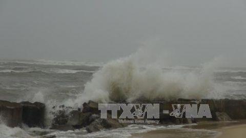 Tin bão số 3 mới nhất: Tâm bão trên biển Nam Định, Quảng Ninh
