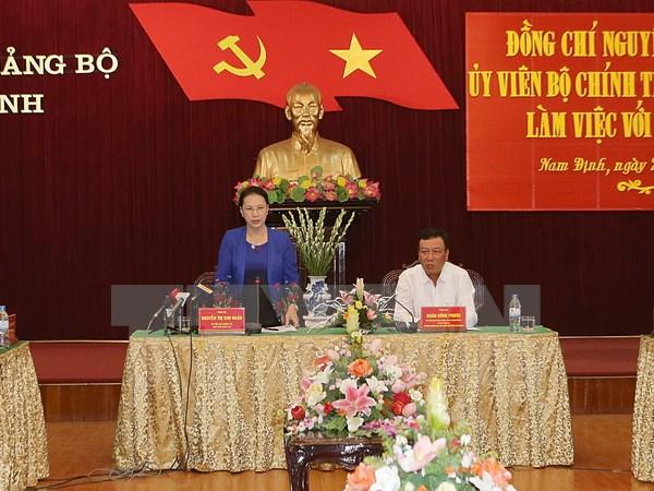 Chủ tịch Quốc hội Nguyễn Thị Kim Ngân làm việc với lãnh đạo chủ chốt tỉnh Nam Định. (Ảnh: Trọng Đức/TTXVN)