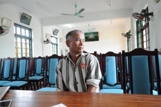 Phạm nhân Nguyễn Văn Tâm cố gắng cải tạo tốt để sớm được về với các con.     Ảnh: N.Vũ
