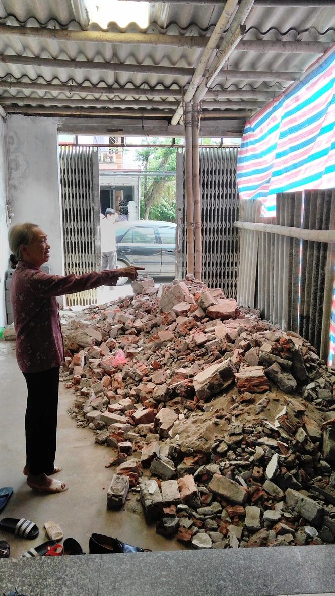 Gia đình ông Hải tổ chức hàng chục người đến đập phá nhà bà Yên