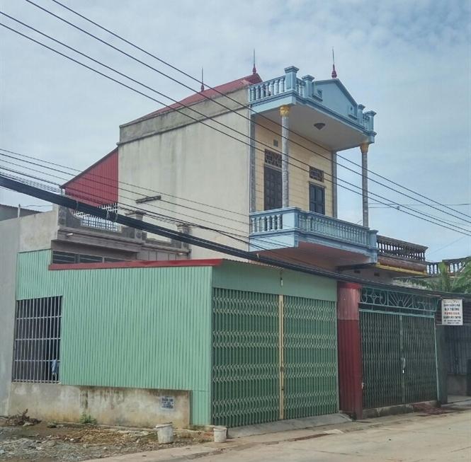 Ngôi nhà hai tầng của chủ hụi Xuyên Vân đã đóng cửa nhiều tháng nay