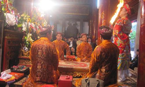 Hát văn - Di sản văn hóa của người Việt (Ảnh: Hồng Bắc)