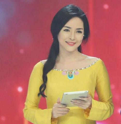 Cuộc đời cô gái Nam Định xấu xí sau 2 năm thành mỹ nhân