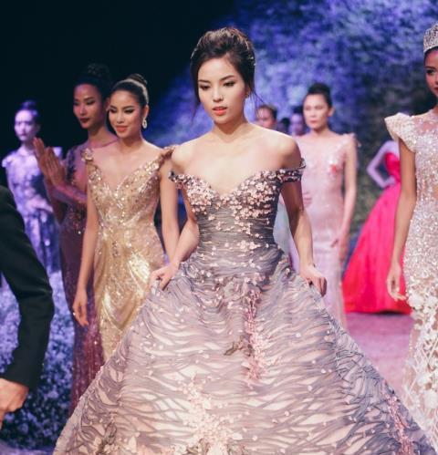 'Lấn sân' catwalk, liệu Hoa hậu Kỳ Duyên có 'làm nên chuyện'?