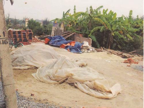Thửa đất của gia đình ông Trần Văn Uy đang bị tranh chấp.