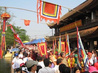 Lễ hội chùa Keo - Hành Thiện                                                   (ảnh Xuân Hoàn)