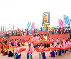 Hội Đền Trần Nam Định vào tháng 8 âm lịch