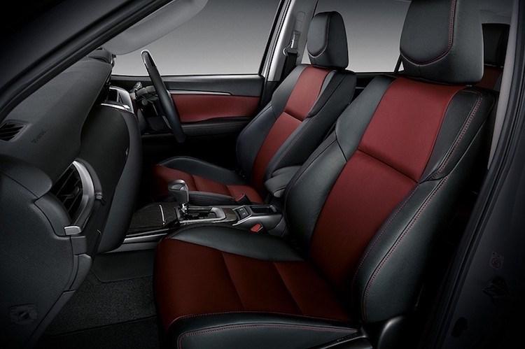 Bán tại Việt Nam, Toyota Fortuner hoàn toàn mới có 3 phiên bản động cơ khác nhau bao gồm: Động cơ turbo diesel 1GD-FTV 2.8L, 4 xi-lanh, DOHC, sản sinh công suất 177 mã lực, mô-men xoắn cực đại 450 Nm; Động cơ turbo diesel 2GD-FTV 2.4L, 4 xi-lanh, DOHC, công suất 150 mã lực, mô-men xoắn cực đại 400Nm.