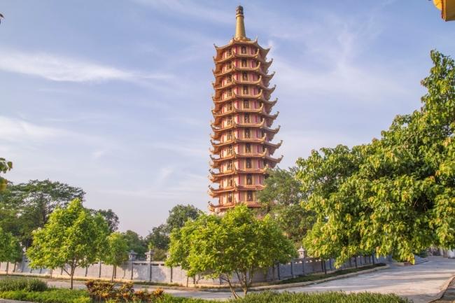 Bảo tháp Đại Bi
