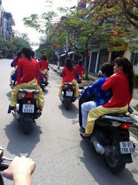 Dàn xe SH mang biển số đẹp Nam Định trong một đám cưới