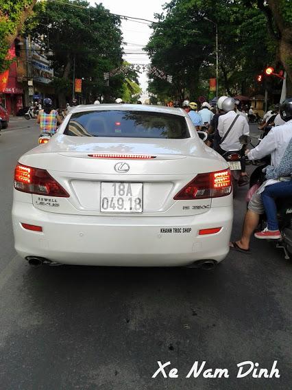 Xe sang Lexus ls250 với giá bán hơn 2 tỷ đồng ở Nam Định đây là mẫu xe thể thao được các đại gia ưa thích.