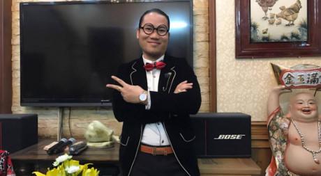 Nghệ sĩ hài Vượng râu cho biết tháng anh đi diễn thu nhập tới hơn 100 triệu