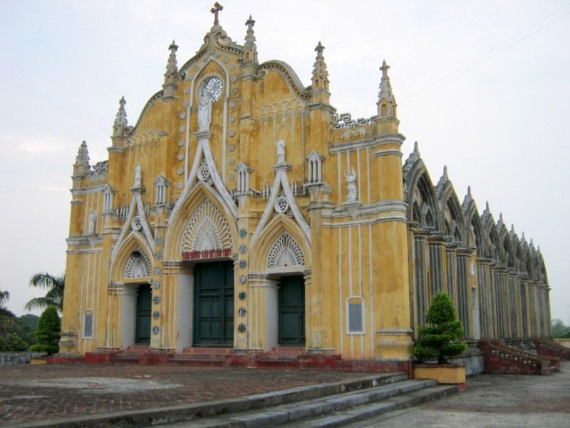 Nhà thờ Giáo xứ Liên Thủy - Xuân Trường Nam Định