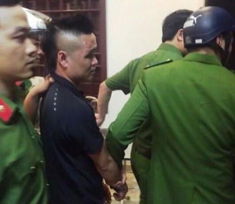 Đối tượng giang hồ 9X Phạm Văn Tùng bị bắt giữ sau khi đâm chết người trong đám cưới (ảnh: Công an Nam Định)