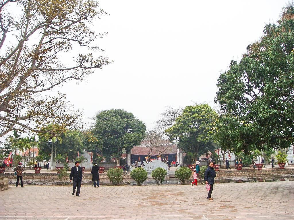 Đền Trần nằm ở Tức Mặc, vốn là mảnh đất dấy nghiệp là quê hương của vương triều nhà Trần - Ảnh: nxhaivn
