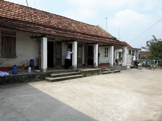 Căn nhà của ông Nguyễn Văn Thử, nơi xảy ra vụ nổ kinh hoàng khiến 3 người chết, 1 người bị thương (Ảnh Công Phương)