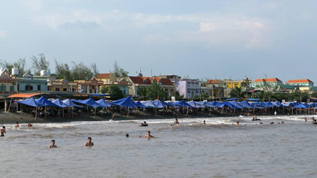 Bãi tắm Quất Lâm, huyện Giao Thủy