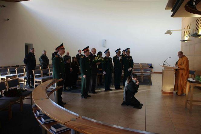 Tổ chức lễ tang phi công Nguyễn Thành Trung tại Vương quốc Anh