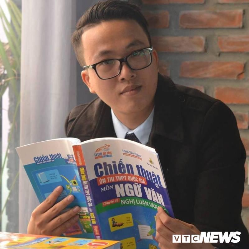 Thầy giáo Nam Định nổi tiếng nói gì về chương trình Ngữ văn mới?