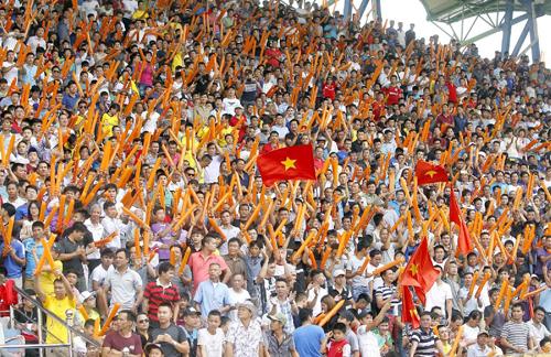 Đội bóng V-League bán vé với giá 10.000 đồng