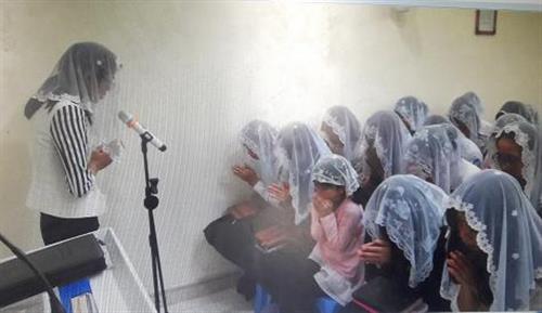 """Tiếng kêu cứu xé gan ruột của người mẹ mất cả 3 con vì tà đạo """"Hội Thánh Đức Chúa Trời"""""""
