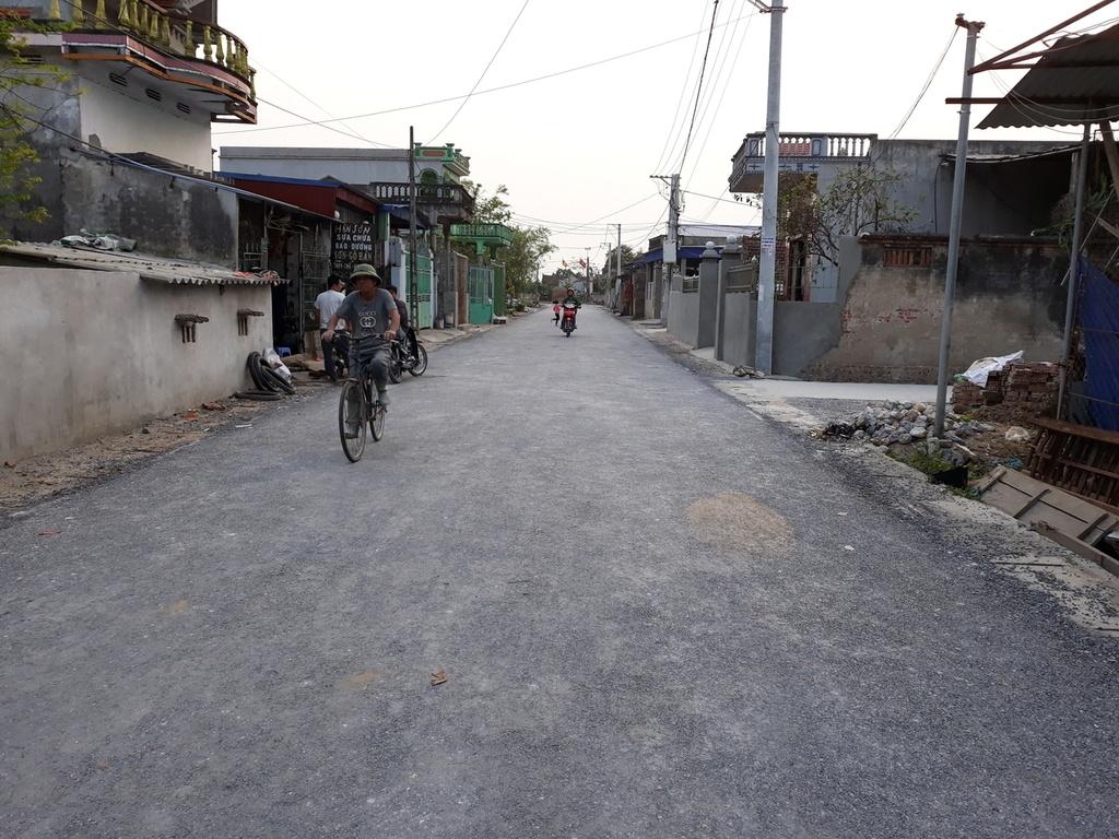 Thông tin mới nhất vụ con đường 7 tỷ ở Nam Định dùng tay cậy được đá lên