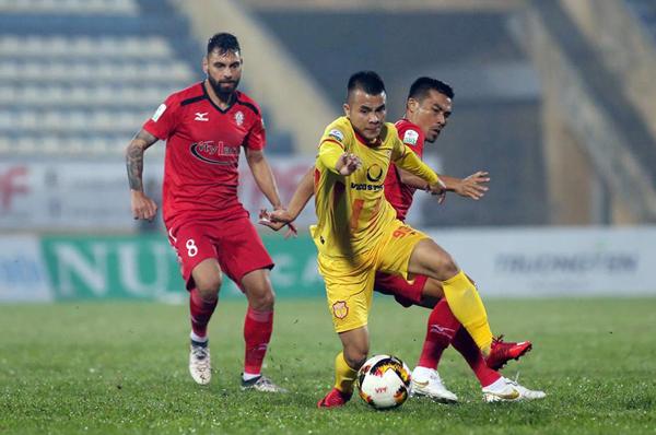 Tân binh Nam Định chới với ở sân chơi V-League