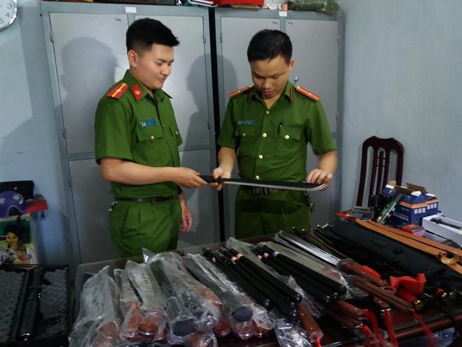 9x Nam Định buôn bán vũ khí online sa lưới